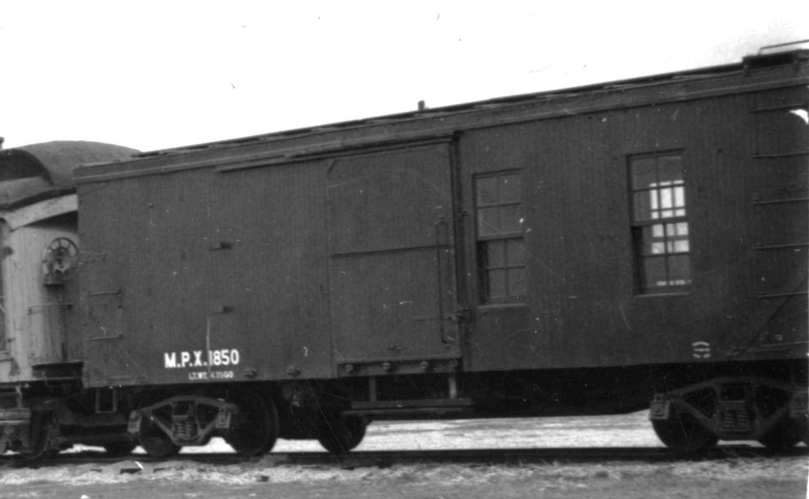 MPX1850Boxcar with windows