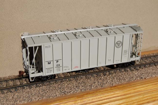 Athearn MP Airslide Covered Hopper - RTR